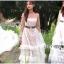 เดรสยาวผ้าลูกไม้สีขาวทอลายดอกเดซี่ตกแต่ผ้าทูลเล thumbnail 6