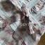 เดรสผ้าชีฟองพิมพ์ลายดอกไม้ตกแต่งระบายและผ้าลูกไม้ thumbnail 14