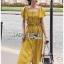 เสื้อผ้าเกาหลี พร้อมส่ง เสื้อคร็อปสั้นและกระโปรงสีเหลือง thumbnail 4
