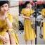 เสื้อผ้าเกาหลี พร้อมส่ง เสื้อคร็อปสั้นและกระโปรงสีเหลือง thumbnail 2