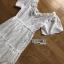 ชุดเดรสเกาหลี พร้อมส่ง เดรสผ้าคอตตอนสีขาวฉลุลาย thumbnail 14