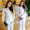 เสื้อผ้าเกาหลี พร้อมส่ง เสื้อสูท กับ กางเกง ผ้าเครปสีขาว